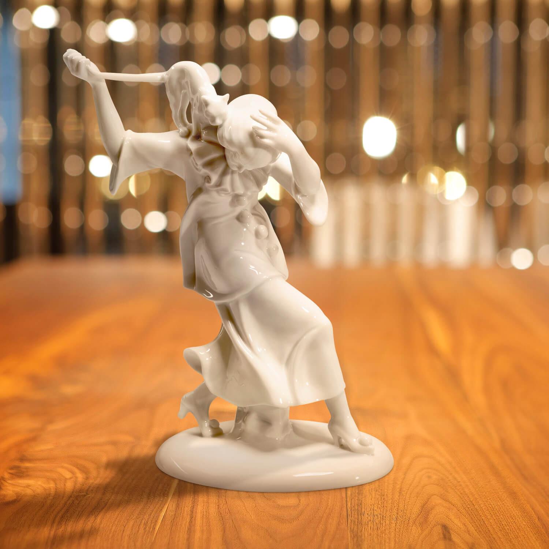 """Porzellanfigur """"Balletteuse mit Katze"""""""