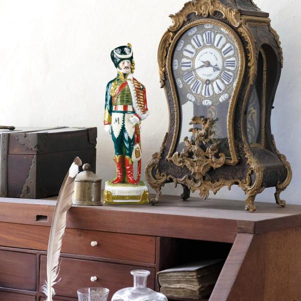 """Porzellanfigur """"De Beauharnais"""" aus glasiertem Porzellan, farbig dekoriert"""