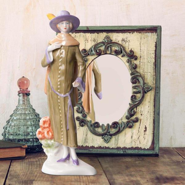 """Porzellanfigur Die 20er Jahre, """"Aster"""" aus glasiertem Porzellan, farbig dekoriert"""