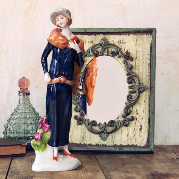 """Porzellanfigur Die 20er Jahre, """"Rose"""" aus glasiertem Porzellan, farbig dekoriert"""