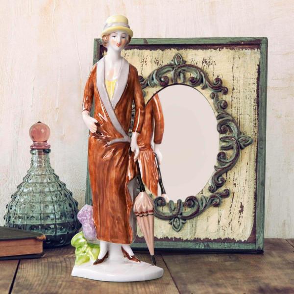 """Porzellanfigur Die 20er Jahre, """"Hortensie"""" aus glasiertem Porzellan, farbig dekoriert"""