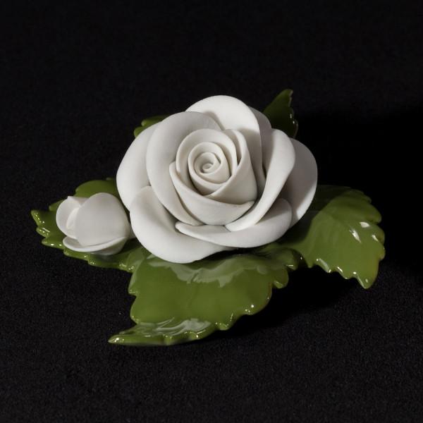 """Porzellanblume """"Rose mit Knospe (weiß)"""" Blüte aus Bisquitporzellan, Blätter aus glasiertem Porzellan"""