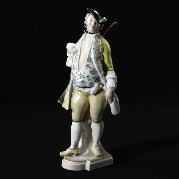 """Porzellanfigur """"Jäger"""" aus glasiertem Porzellan, farbig dekoriert"""
