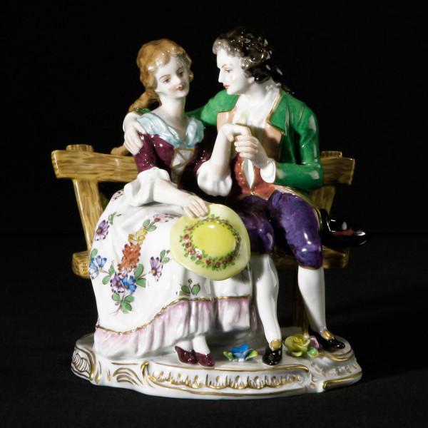 """Porzellanfigur """"Schillergruppe"""" aus glasiertem Porzellan, farbig dekoriert"""