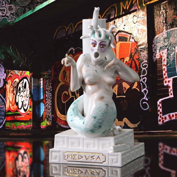 """Porzellanfigur """"Medusa"""" von Kati Zorn aus glasiertem Porzellan"""