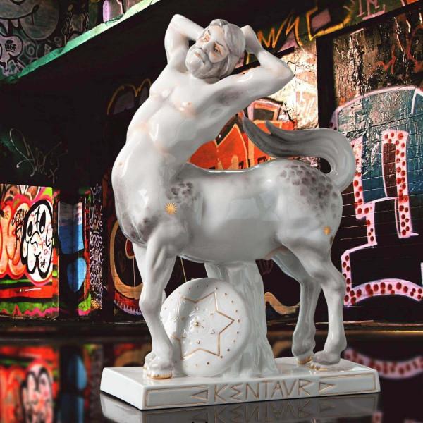 """Porzellanfigur """"Kentaur"""" von Kati Zorn aus glasiertem Porzellan"""