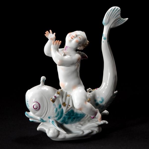 "Porzellanfigur ""Eros auf Delphin I"""