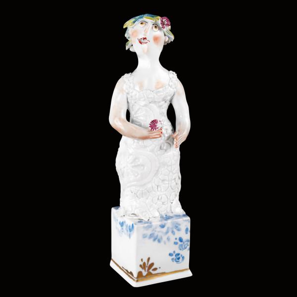 """Porzellanfigur """"Braut I"""" aus glasiertem Porzellan, farbig dekoriert"""