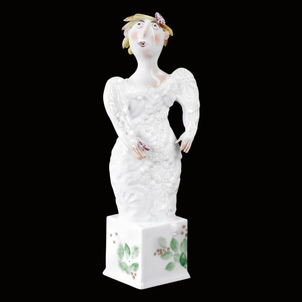 """Porzellanfigur """"Braut II mit Spitzenärmeln"""" aus glasiertem Porzellan, farbig dekoriert"""