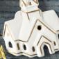 Weihnachtsanhänger, Kirche