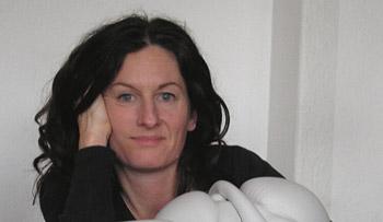 Porzellankünstlerin Petra Benndorf